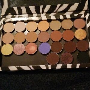 Lot of Single Shadows and Z Palette